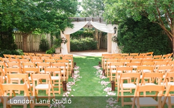 wedding ceremony at arbor courtyard in Huntsville Botanical Garden